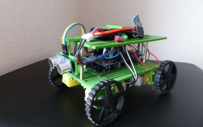 A robot that detects and avoids obstacles